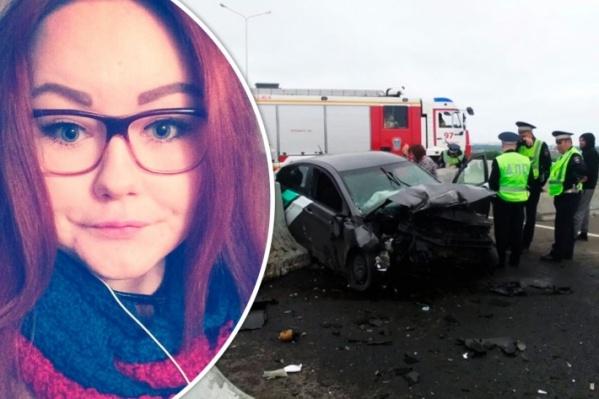 Кристина Тахтеева села пьяной за руль «Делимобиля» и на полном ходу врезалась в бетонные блоки