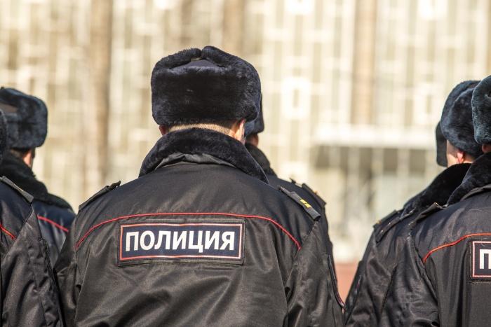 За день полицейские проверили почти две сотни иностранцев, чтобы найти тех, кто живёт и работает в России нелегально