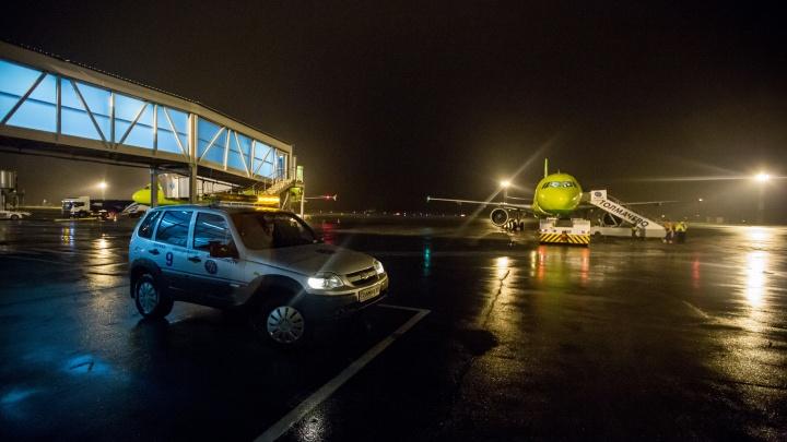Пассажирка самолёта приняла соседку за террориста: в S7 рассказали подробности задержки рейса в Сеул