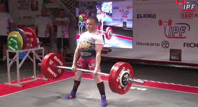 Новосибирский силач стал 12-кратным чемпионом мира