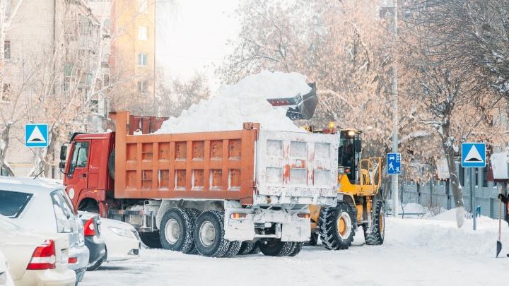 Тюмень вошла в топ-5 российских городов по качеству уборки снега. Давайте перепроверим?