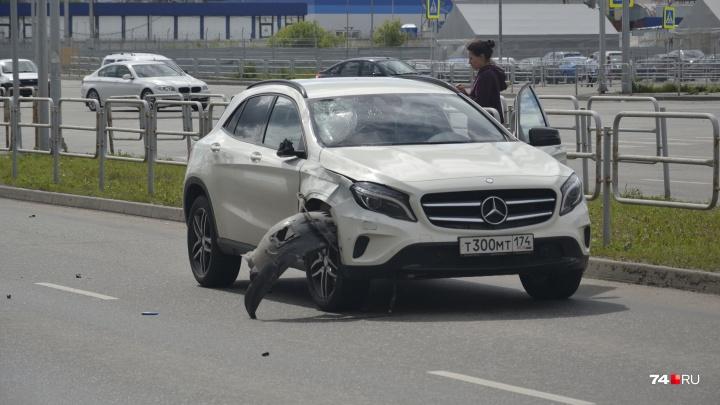 «К ней понаехали крутые машины»: в Челябинске девушка на Mercedes насмерть сбила пешехода