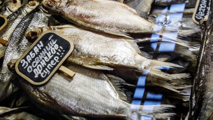 Хорошо, но мало: Роспотребнадзор отчитался о проверках рыбы в магазинах Волгоградской области