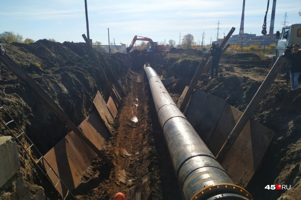 Подачу воды останавливали для врезки нового трубопровода