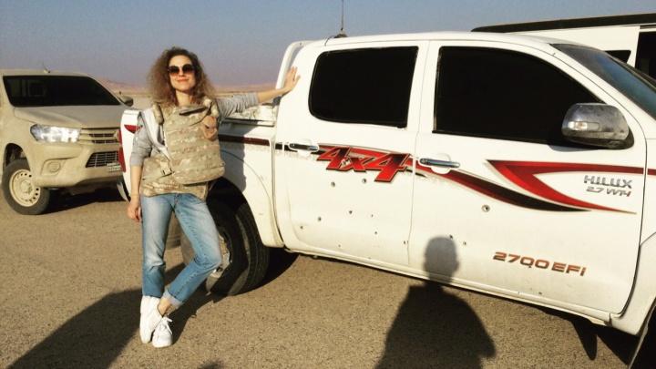 Певица из Екатеринбурга, известная треком к сериалу «Солдаты», устроила концерт для военных в Сирии