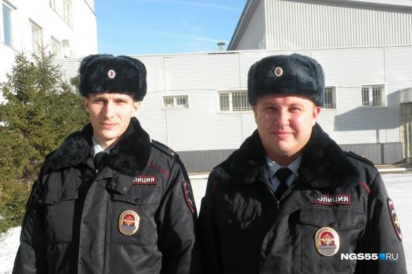 """Участковые отдела полиции <nobr class=""""_"""">№1</nobr> старший лейтенант Сергей Райзих и майор Денис Носихин: «Чего только на службе не бывает»"""