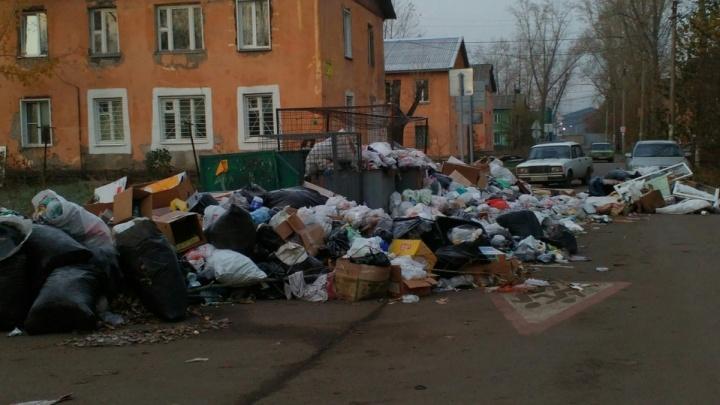 Платить будут все. Госдума отказала красноярцам дать послабления по мусорной реформе