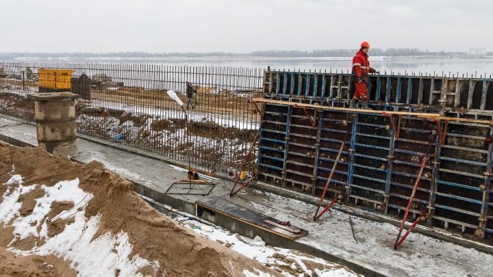 Бетон с добавками: Центральную набережную Волгограда к весне защитят от размывов