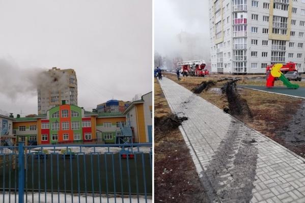 Пожарным пришлось подъехать ближе к дому
