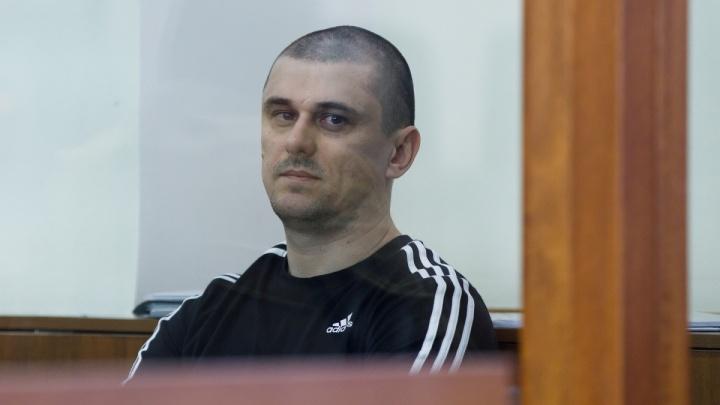 В Волгограде у заказчика убийства Сергея Брудного арестовали дорогую иномарку и сгоревшую Lada
