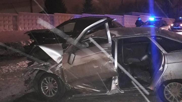 Лоб в лоб на пустой дороге: в аварии в Уфе погиб водитель ВАЗ-2112