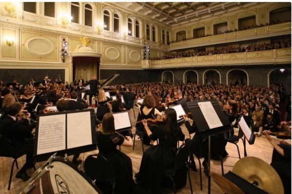 Дебют оркестра состоялся на VIII Санкт-Петербургском международном культурном форуме