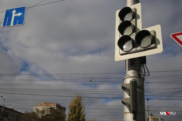 Светофоры не работают уже неделю