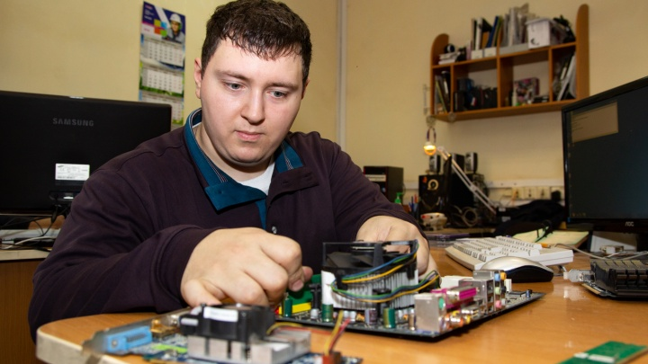 Молодому специалисту с инвалидностью помогли найти работу