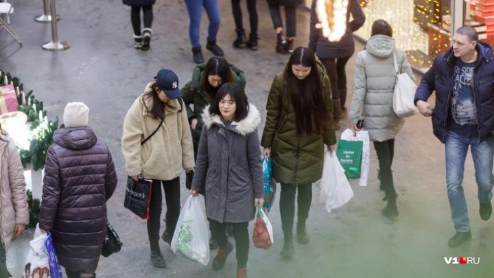 В Волгограде проходят эвакуации из-за экстремистских угроз