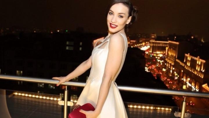 Виктория Дайнеко закрутила роман с хоккеистом «Салавата Юлаева»