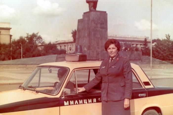 Площадь Революции, 1980-е.
