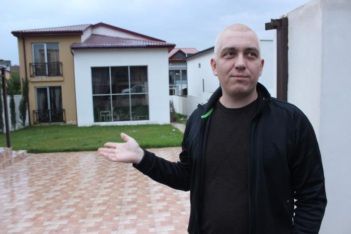 В Грузии Гордеев строит и продаёт частные дома