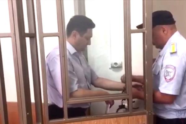 Алексей Черняев просил суд перевести его на домашний арест