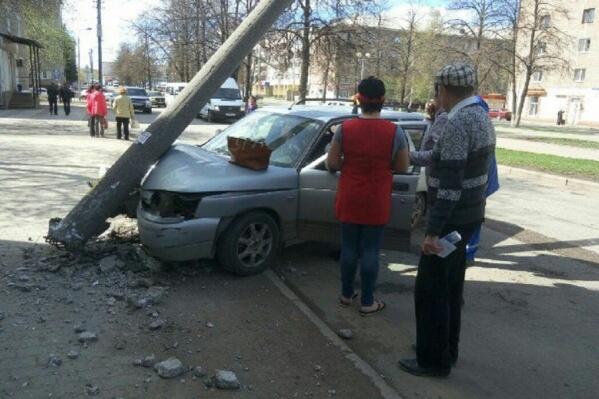 Водитель получил травмы, но остался жив