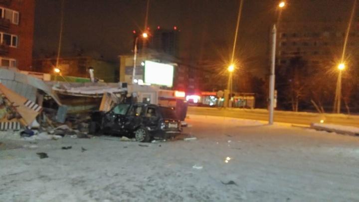 Ночной полёт «Лэнд Ровера»: появилось видео аварии на угнанном джипе