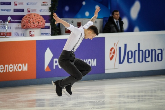 Екатеринбуржец Максим Ковтун выиграл короткую программу на чемпионате России по фигурному катанию