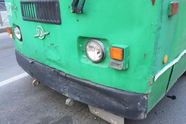 Водитель троллейбуса не успел среагировать