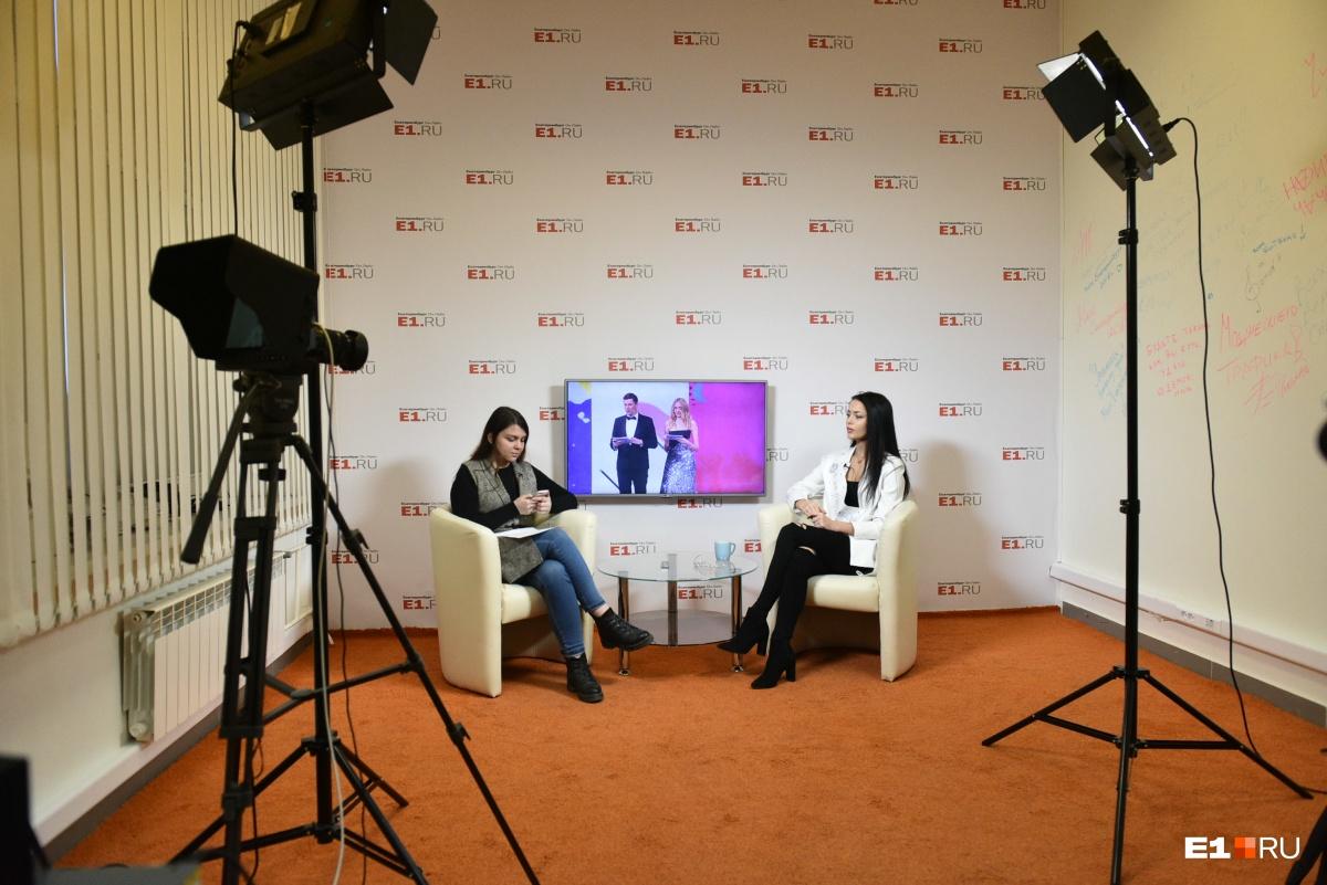 Наш журналист Мария Семинтинова и Арина Верина