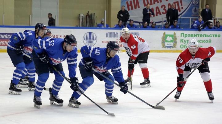 «Зауралье» на домашнем льду со счётом 4:2 обыграло одного из лидеров чемпионата