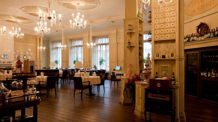 В центре открылся известный ресторан с элитной кондитерской