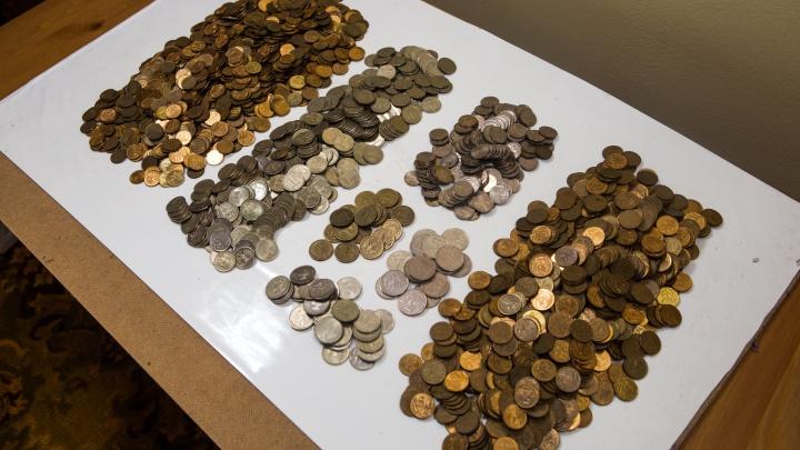 Новосибирцы собрали почти 2 миллиона монет и отнесли их в банки