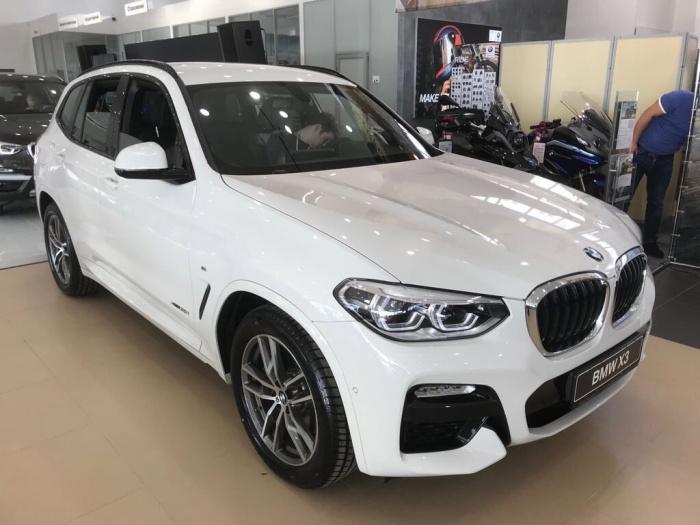 BMW X3 третьего поколения на новой платформе