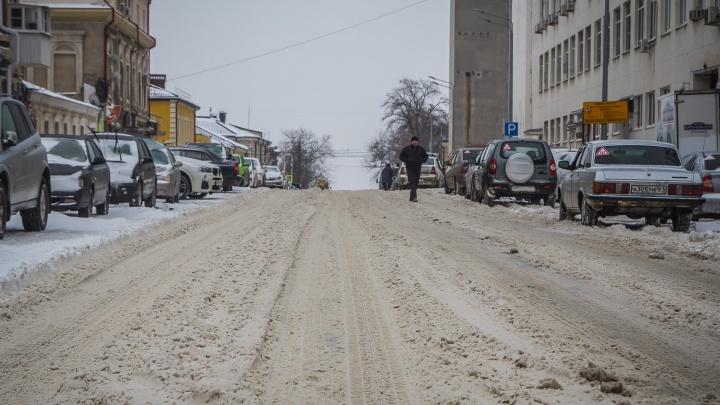 К ночи стало хуже: на ростовских трассах ввели новые ограничения из-за метели