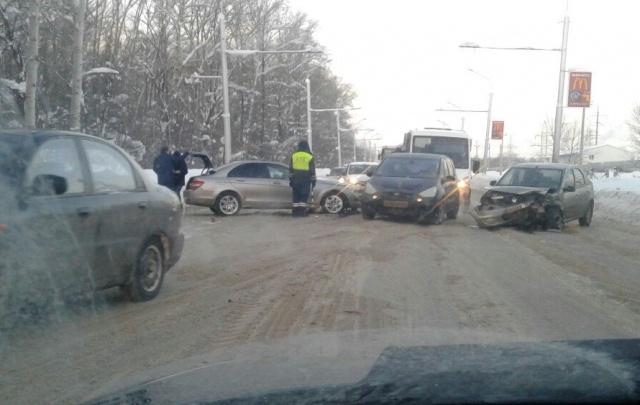 Динар Гильмутдинов рассказал, когда на «пьяной» дороге устранят колею