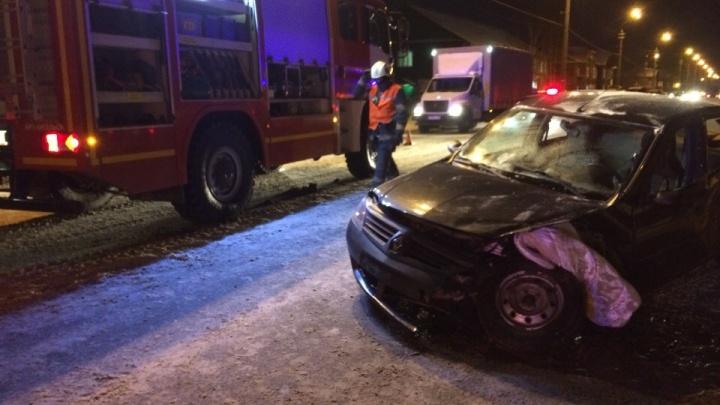 ДТП в Соломбале: пострадавшего из «Рено» доставали спасатели
