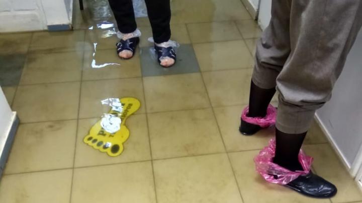 «Не гони волну!»: в Уфе по щиколотку затопило магазин. Дважды за три дня