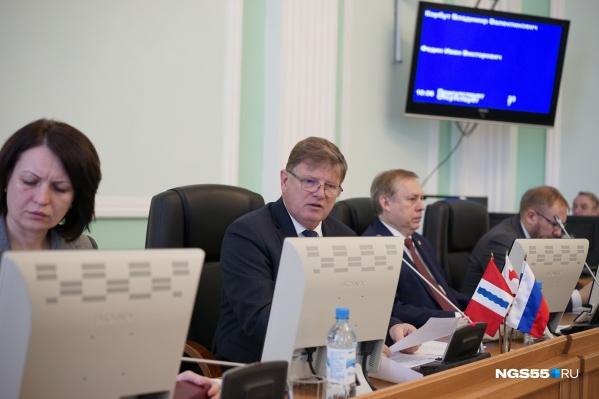 Омский парламент одобрил повышение платы за проезд до 25–30 рублей. Против были только коммунисты