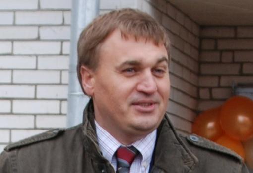 Автомобиль и недвижимость новочеркасского экс-депутата Андрющенко выставили на торги