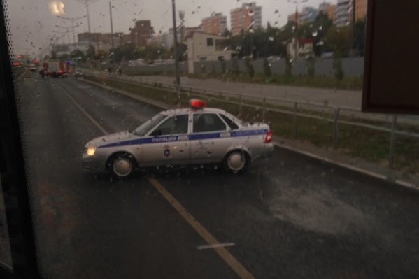 На месте происшествия работали сотрудники полиции
