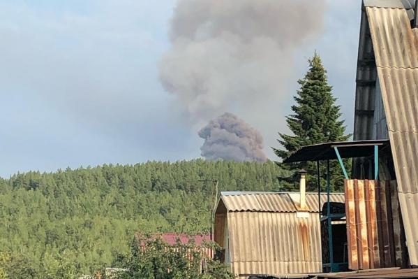 Взрывы в Ачинском районе произошли вечером, нарушив покой местных жителей