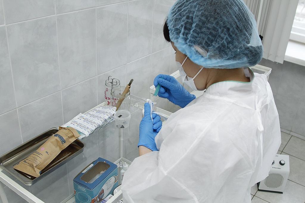 Не пришла ещё вакцина для детей и беременных женщин