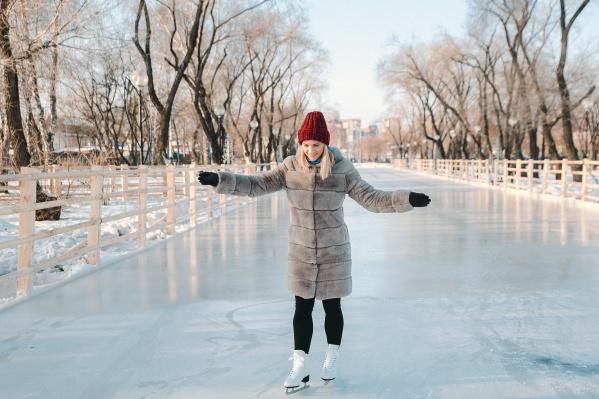 Тем, кто придёт кататься со своими коньками, развлечение обойдётся намного дешевле