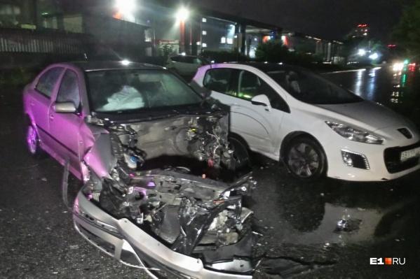 Женщину-пассажира спасло то, что в машине сработали подушки безопасности
