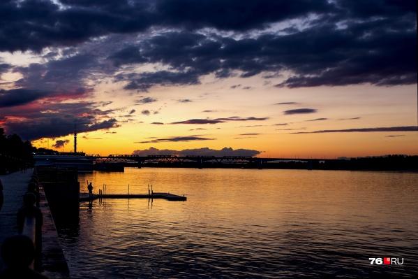 Набережная Волги — отличное место, чтобы смотреть на закаты