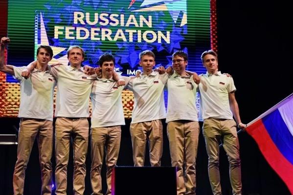 Алексей Львов (второй слева) представлял Россию вместе с ребятами из Москвы и Санкт-Петербурга