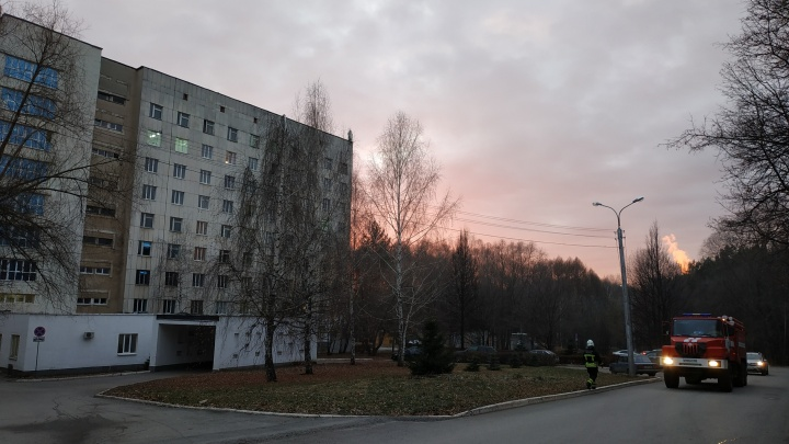 Взрыв в уфимской больнице №21: на место выехали экстренные службы города