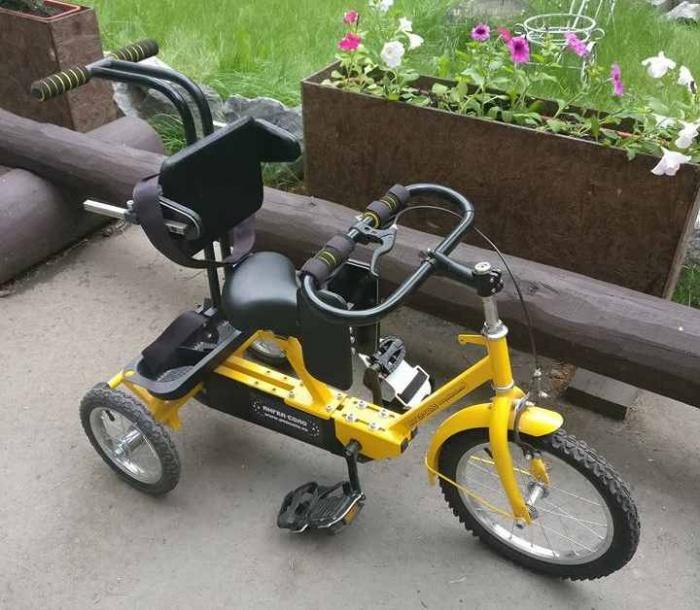 Этот велосипед стоит около 70 тыс. руб.,но в Заельцовском парке на нём можно покататься бесплатно