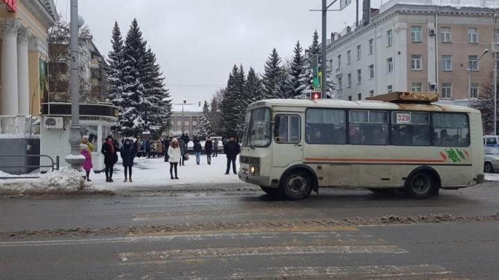 Сократили маршрут: один из автобусов Кургана сменил конечную остановку