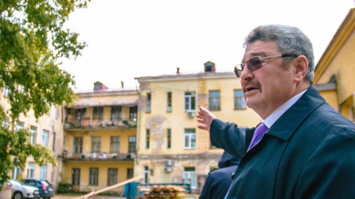 В больнице Семашко прокомментировали обрушение потолка на пациента