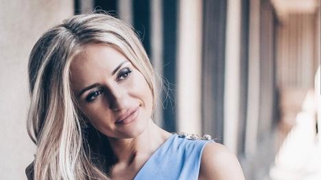Все красавицы из офиса: за победу в конкурсе офисных работниц борются 4 девушки из Новосибирска
